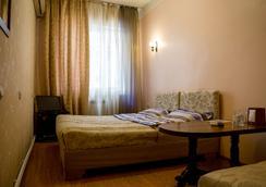 Crown Hotel - Yerevan - Bedroom