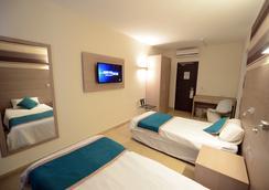 Day's Inn Hotel & Residence - Sliema - Bedroom