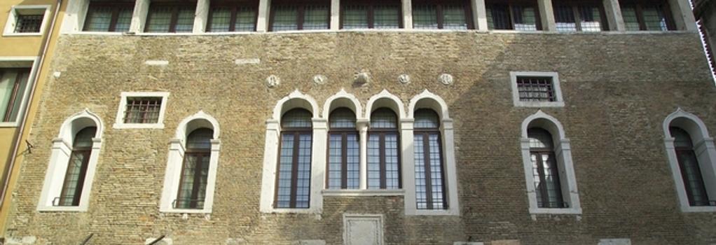 Palazzo Selvadego - Venice - Building