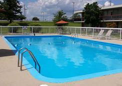 Wingfield Inn - Mayfield - Pool