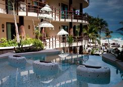 El Taj Oceanfront And Beachside Condo Hotel - Playa del Carmen - Pool