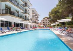 Hotel Guya Wave - Cala Ratjada - Pool