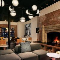 Hotel Zeppelin San Francisco Lobby Sitting Area