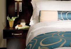 Grande Rockies Resort - Bellstar Hotels & Resorts - Canmore - Bedroom