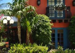 Sanibel Island Beach Resort - Sanibel - Building