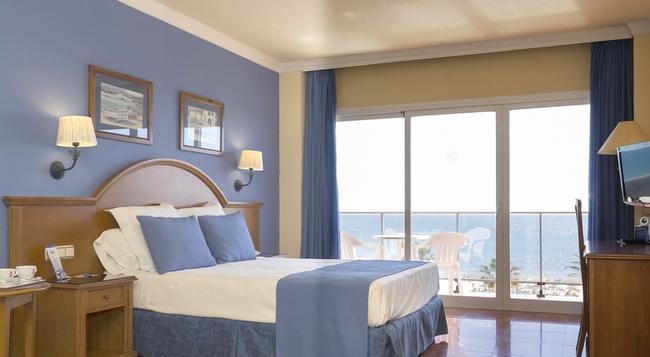 Hotel Isabel - Torremolinos - Bedroom