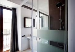 Casual Sevilla de las Letras - Sevilla - Bathroom