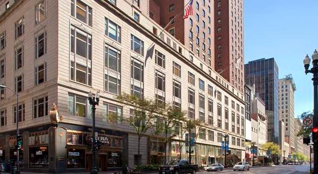 Palmer House a Hilton Hotel - Chicago - Building