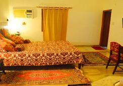 Hotel Harmony - Khajuraho - Bedroom