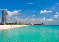 San Juan Hotel - Miami Beach - Outdoor view