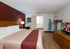 Red Roof Inn Cedar Rapids - Cedar Rapids - Bedroom