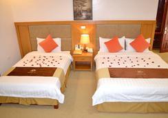 A1 Hotel Dien Bien - Dien Bien Phu - Bathroom