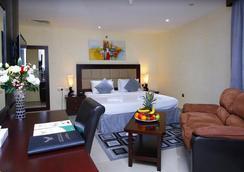 Royal Falcon Hotel - Dubai - Bedroom
