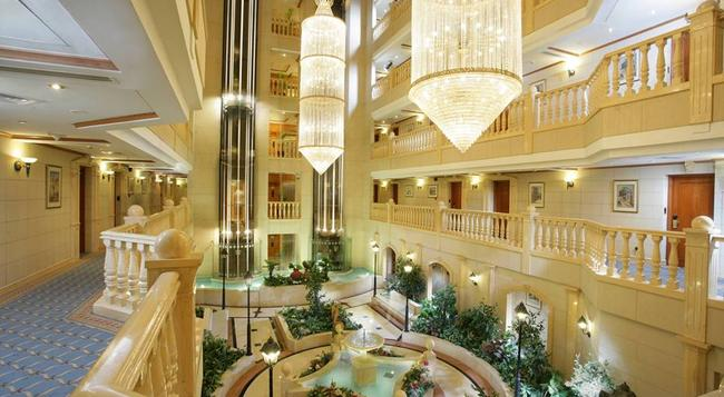 Carlton Palace Hotel - Dubai - Lobby