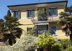 Antica Villa Graziella Hotel - Venice - Outdoor view