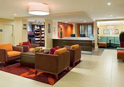 Residence Inn by Marriott Boston Dedham - Dedham - Lobby