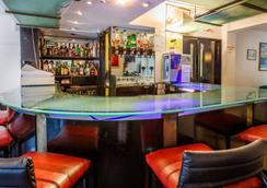 La Reserve Hotel - London - Bar