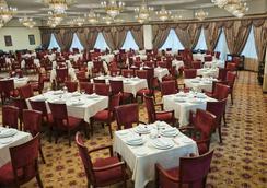 Ramada Plaza Gence - Ganja - Restaurant