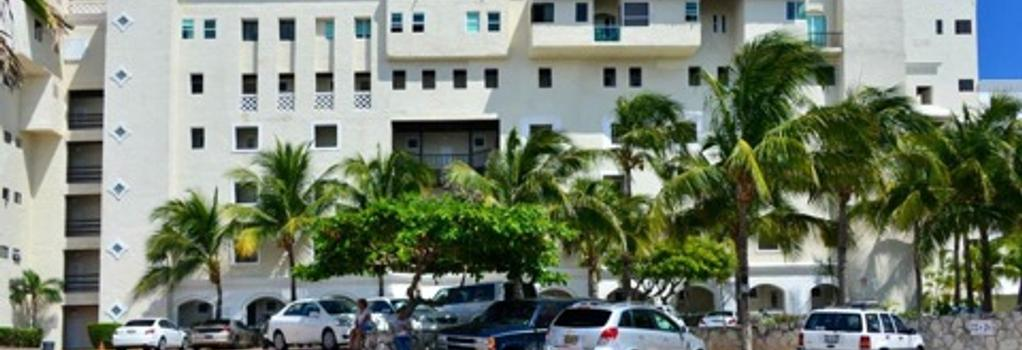 Bsea Cancún Plaza Hotel - Cancun - Building