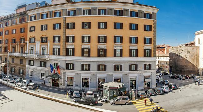Hotel Nord Nuova Roma - Rome - Building
