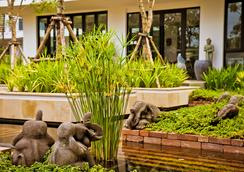 Damrei Angkor Hotel - Siem Reap - Outdoor view
