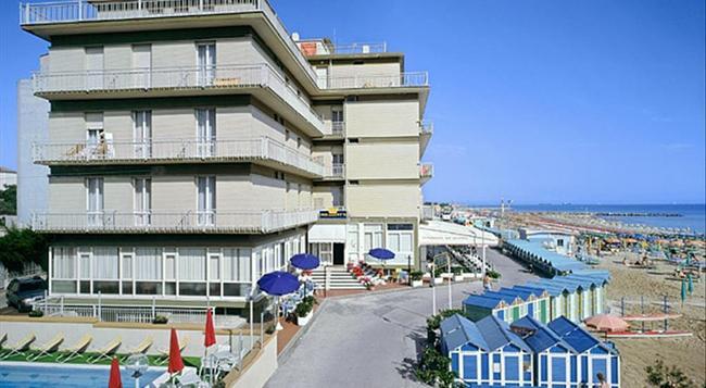 Hotel President's - Pesaro - Building