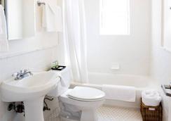 Venice Suites - Venice - Bathroom