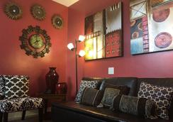 Ypao Breeze Inn - Tamuning - Lobby