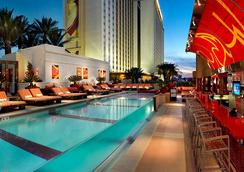 Golden Nugget Las Vegas Hotel & Casino - Las Vegas - Pool