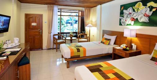 Wina Holiday Villa - Denpasar - Bedroom