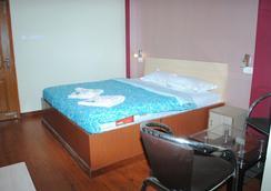Hotel Anchorage Inn - Port Blair - Port Blair - Bedroom