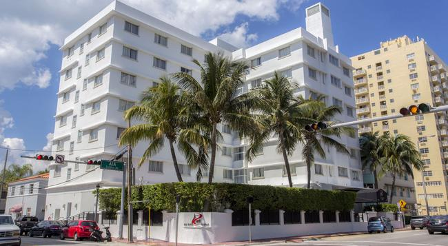Red South Beach Hotel - Miami Beach - Building